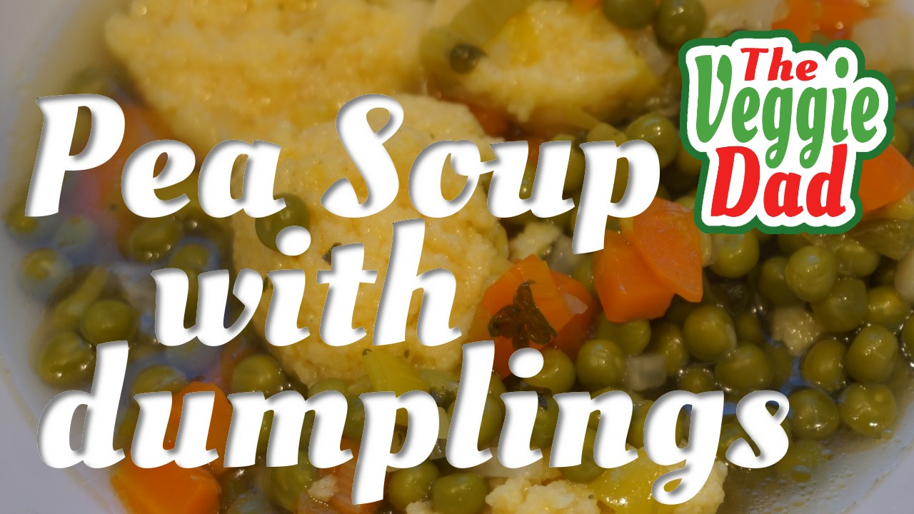 Peo soup with  farina dumplings/Erbsensuppe mit Grießklößchen